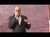 Майкл Уинслоу (Michael Winslow) имитирует разные звуки - Человек из фильма